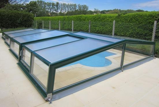 The Low discreet Pool Enclosure.