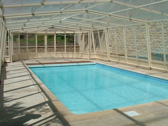 The 3 angle pool enclosure is a customised pool enclosure.