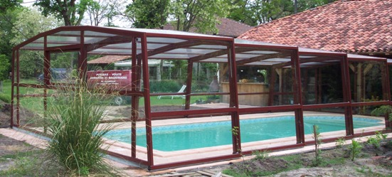 abris piscine hauts 3 angles abri piscine et abri spa venus international abris de piscine. Black Bedroom Furniture Sets. Home Design Ideas