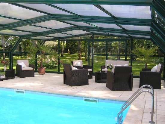 The traditional 5 angle pool enclosure (view with chairs)