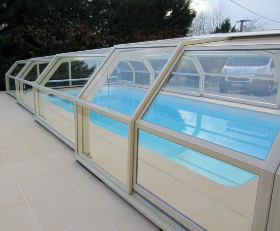 The 5 angle pool enclosure shown in glass like all enclosures