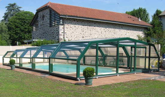 The pool enclosure with 5 angles blends perectly into the garden